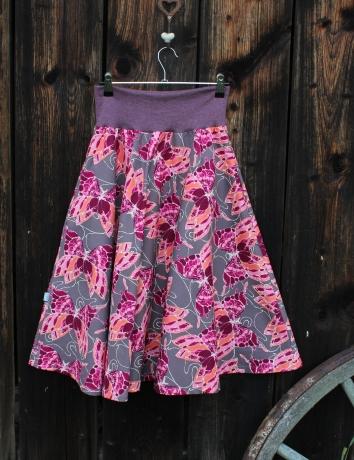 Půlkolová sukně Motýli