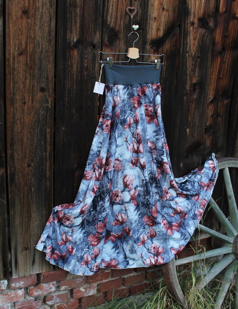 Půlkolová dlouhá sukně Tulipány na šedé