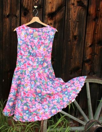 Zavinovací půlkolové šaty Malované květy na šedomodré