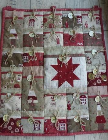 Adventní kalendář Vincent - na objednávku - termín dodání 1 měsíc